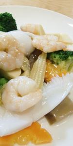 海鮮と彩り野菜のあっさり炒め